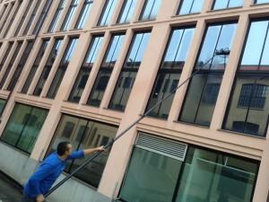 Falzoi Fotovoltaico - pulizia vetrate